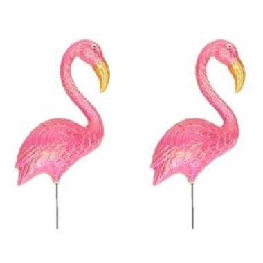 2x stuks dierenbeeld flamingo vogel 60 cm tuinbeeld steker tuinbeeldje