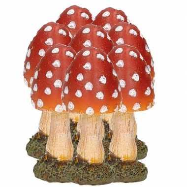 8x stuks decoratie paddenstoelen vliegenzwammen 8 cm tuinbeeldje